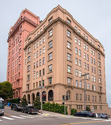2000 Washington Street in San Francisco Designed by Conrad Meussdorffer